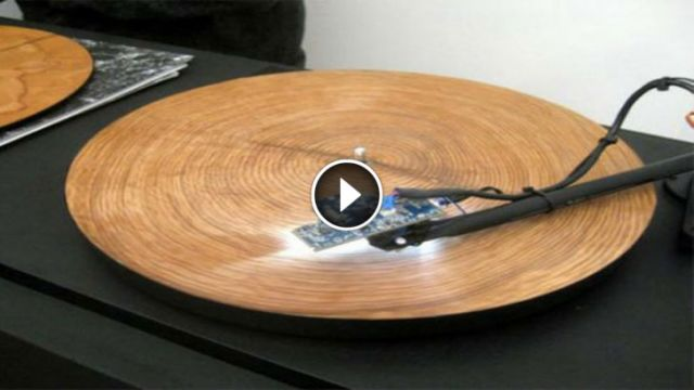 He Puts a Ring From a Tree Trunk on a Record Player - When it Starts to Play, I Got Chills All Over! (Video)