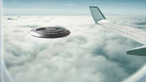 """Résultat de recherche d'images pour """"ufo crash plane"""""""