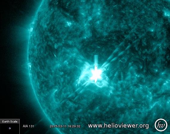 Solar Storm WARNING: Sun Shoots MAJOR X2,2 Flare Outburst ...