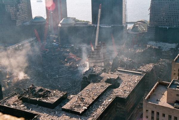 029 11 600x402 - Salen a la luz unas exclusivas fotografias del 11 de Septiembre