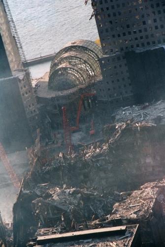 034 8 335x500 - Salen a la luz unas exclusivas fotografias del 11 de Septiembre