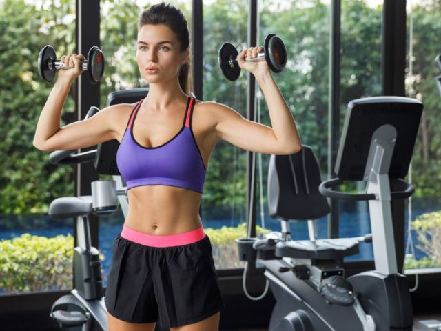 The 8 Best Exercises for Women to Get Slim, Summer Arms Fast (Video)