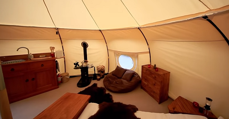 In the meantime the charismatic Kiwi built a snazzy deck an even snazzier bathroom and set up one of the coolest tents weu0027ve ever seen. & He Left Everything Behind to Live in a Tent. It Seems Crazy Until ...
