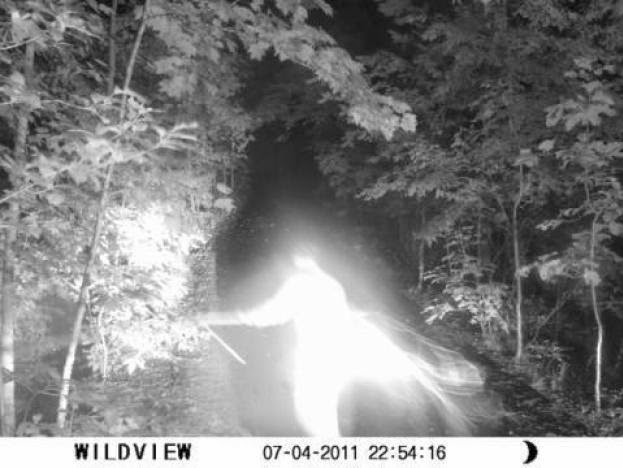 There are some strange things going on in the woods at night. And I ... Scary Deer Cam Pictures