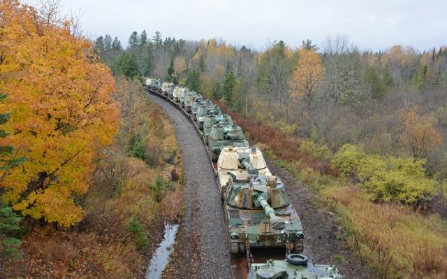 US Moving Self-Propelled Artillery to Border With Quebec; Reports of Uniformed Chinese Troops in Canada