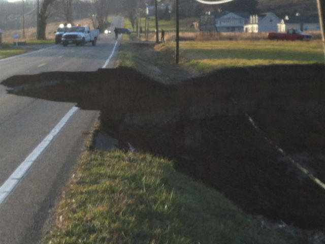 Massive Sinkhole Still Growing – Ohio: 4 Football Fields Long, 30′ Deep Shuts Down 8 Mile Stretch Of Road
